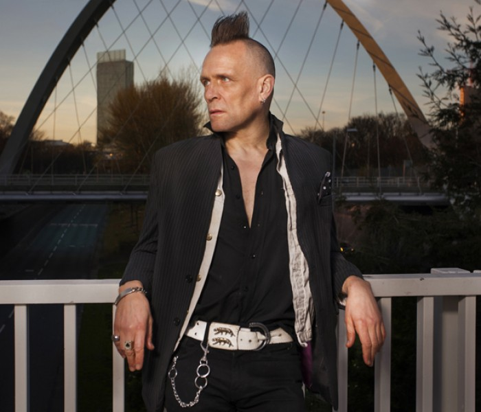 Ten Mancs: John Robb