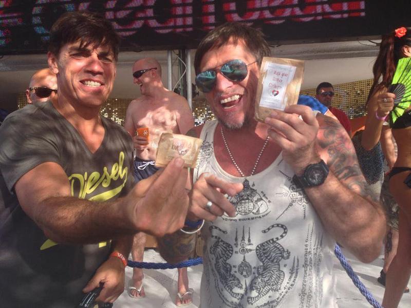Brandon Block Rocking Party Smartly