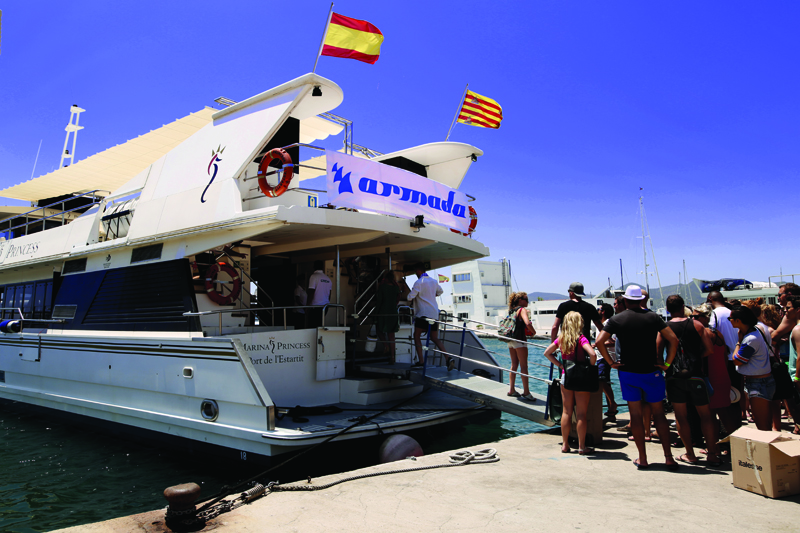 Pukka Up VIP Boat party