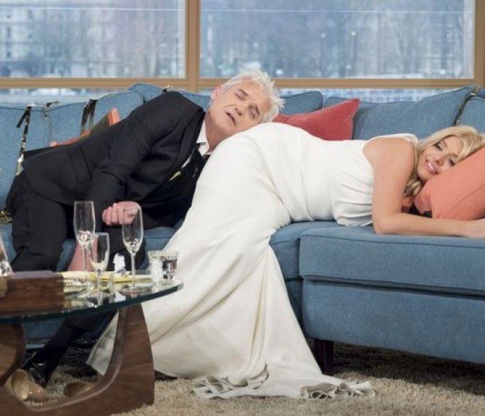 When Holly And Phillip Turned Up To Work Still Drunk – And Our Tips On Dealing With Hangovers!