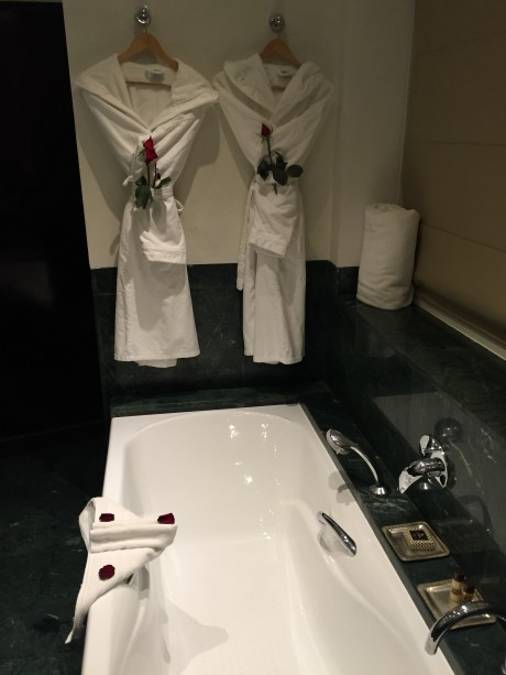 Hotel Les Jardins De La Koutoubia Bathroom