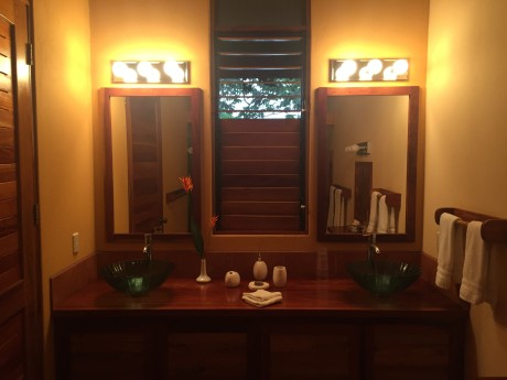 CR Yoga Spa Bathroom