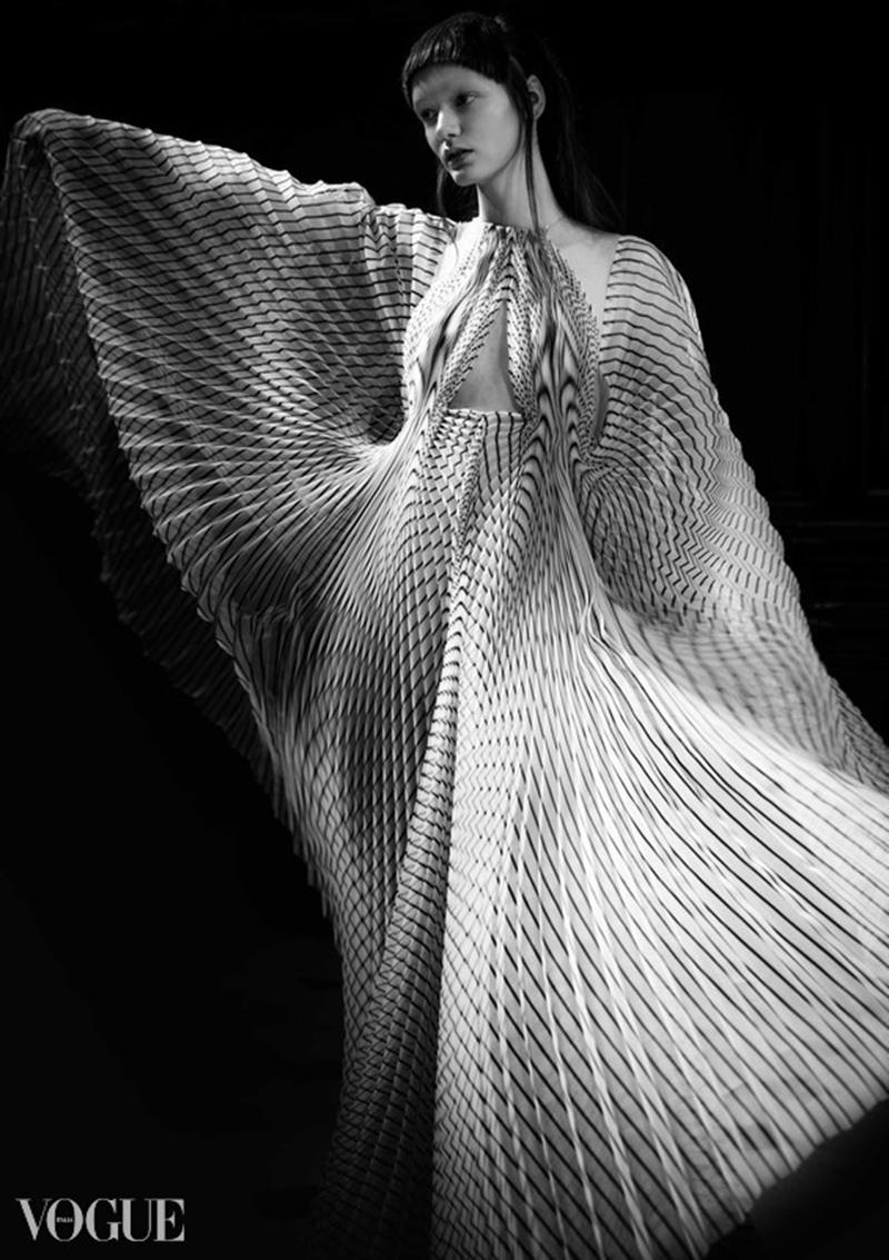 Iris Van Herpen - Vogue italia