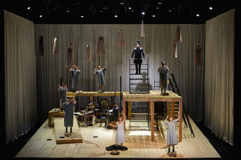 JANE EYRE, National Theatre at The Lowry. Photo by Brinkhoff/Mögenburg