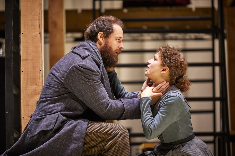 JANE EYRE Tim Delap (Rochester) Nadia Clifford (Jane Eyre), National Theatre at The Lowry. Photo by Brinkhoff/Mögenburg.
