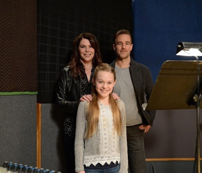 Lauren Graham And James Van Der Beek Star In Disney Junior's New Show, Vampirina