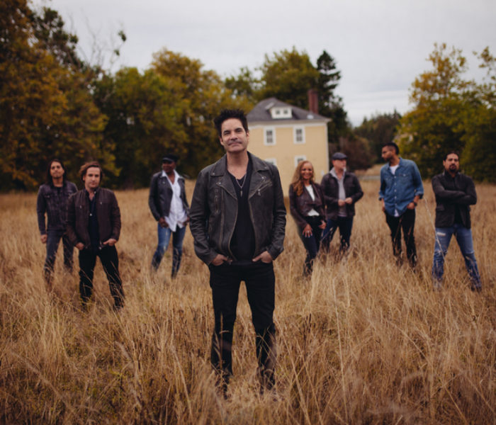 Train brings their American rock star power to Manchester