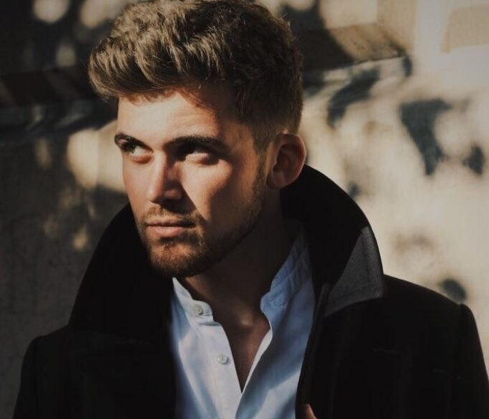 Soul Pop Singer James Bradshaw Supports Holly Miranda at Night and Day Café
