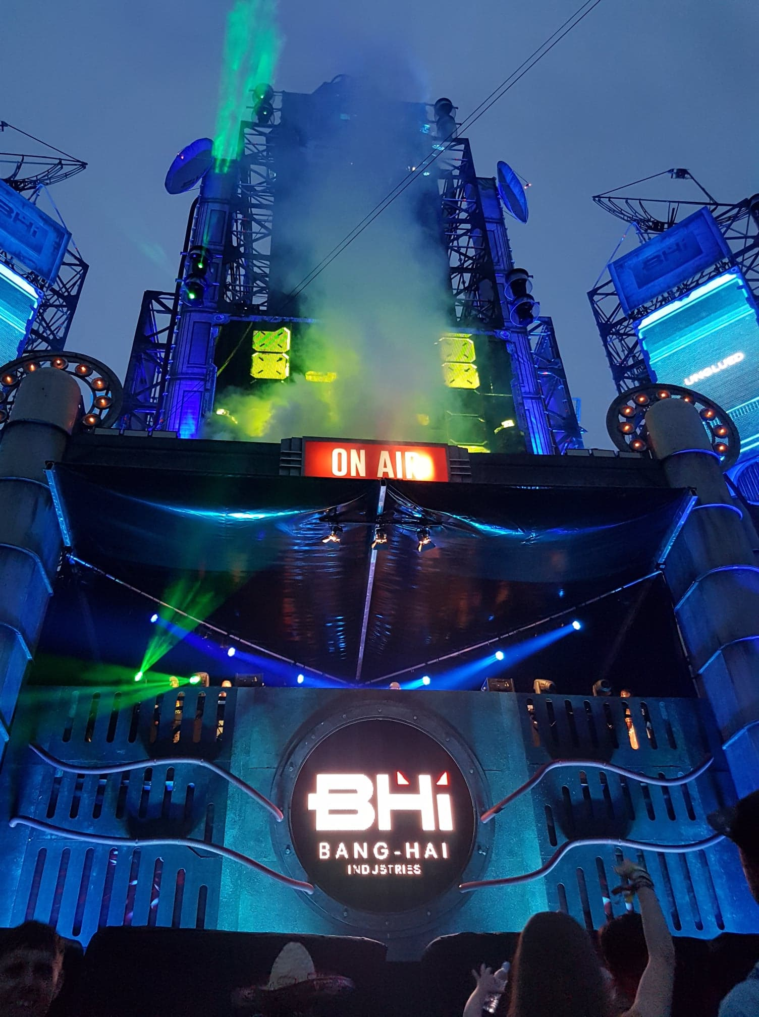 Bang Hai Towers Photo: Abi White