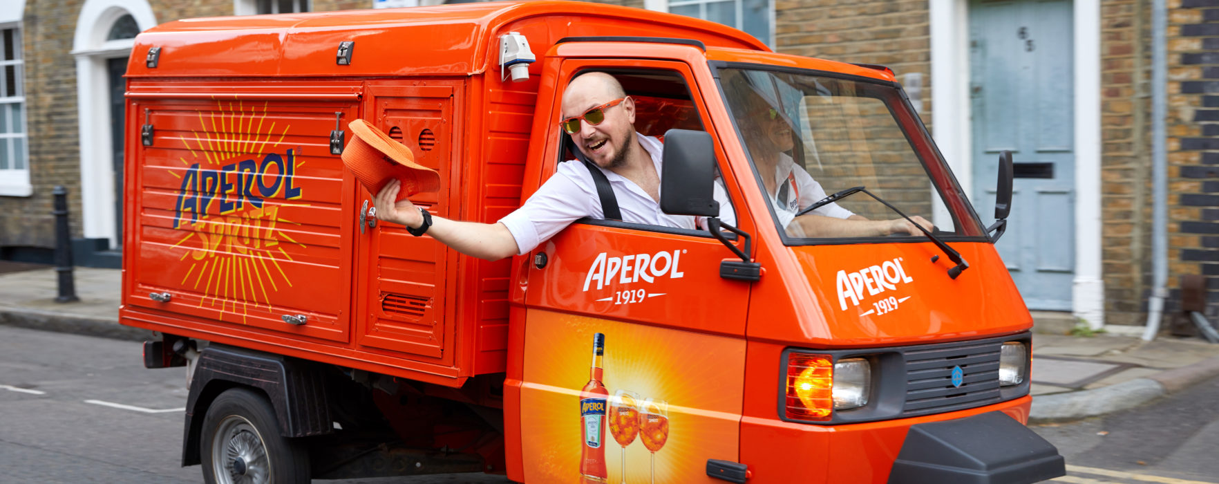 An Aperol Spritz delivery service is coming to Manchester!