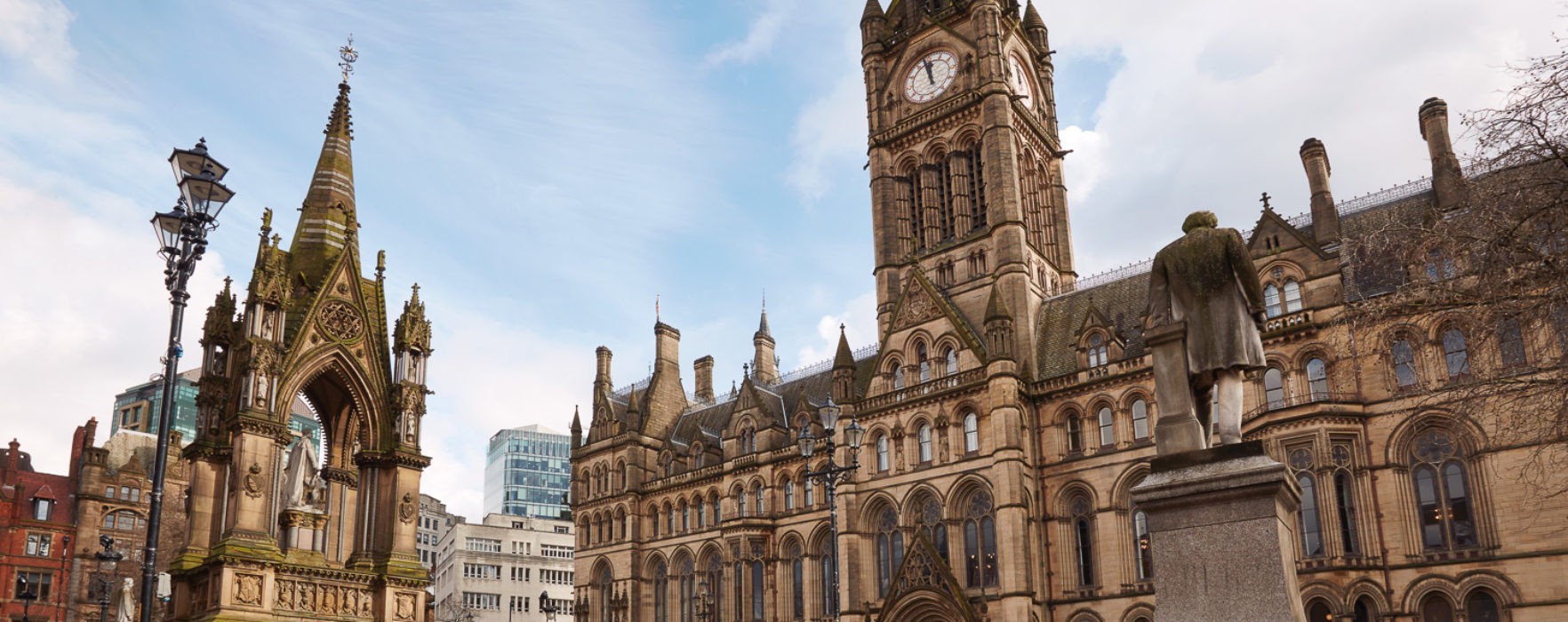 This FREE walking tour of famous film locations and television scenes shot in Manchester is a MUST