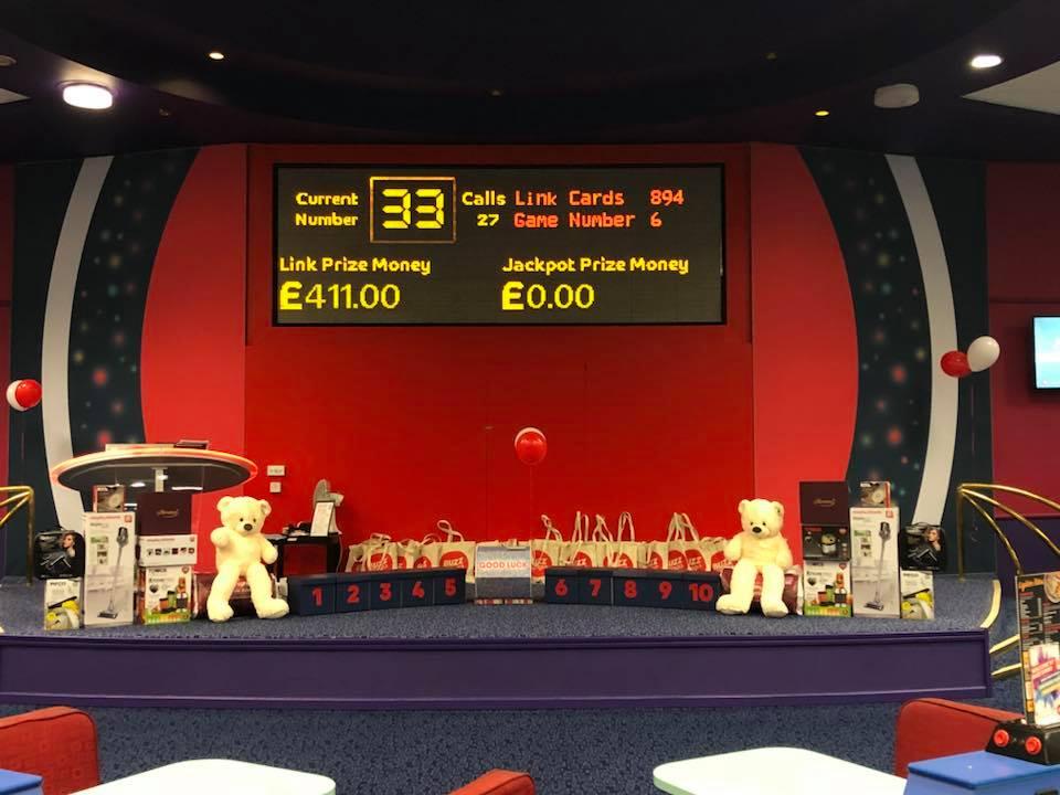 Casino internet cafe