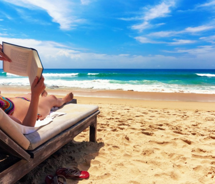 VIVA's Top 10 Beach Reads for 2015