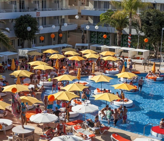 VIVAs New Summer Hot Spot: BH Mallorca Hotel