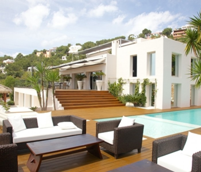 Late Availability Saving On Luxury Ibiza Pad Fit For 007