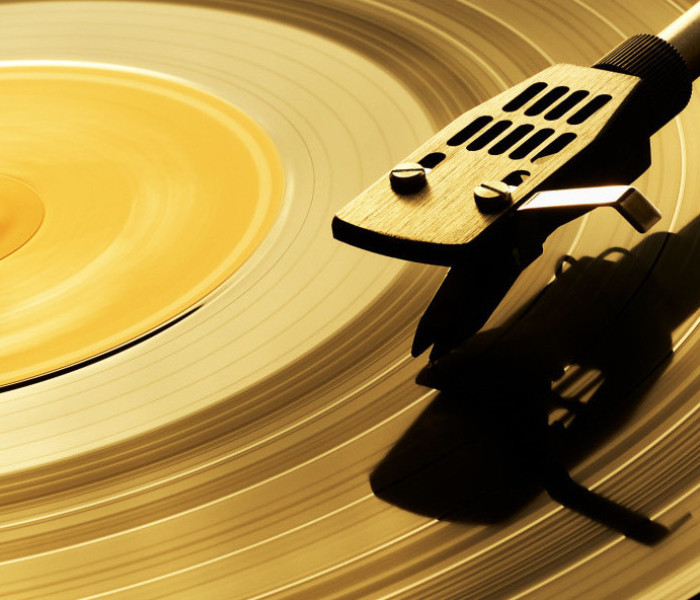 Vinyl Records Are Making A Huge Comeback… But Why?