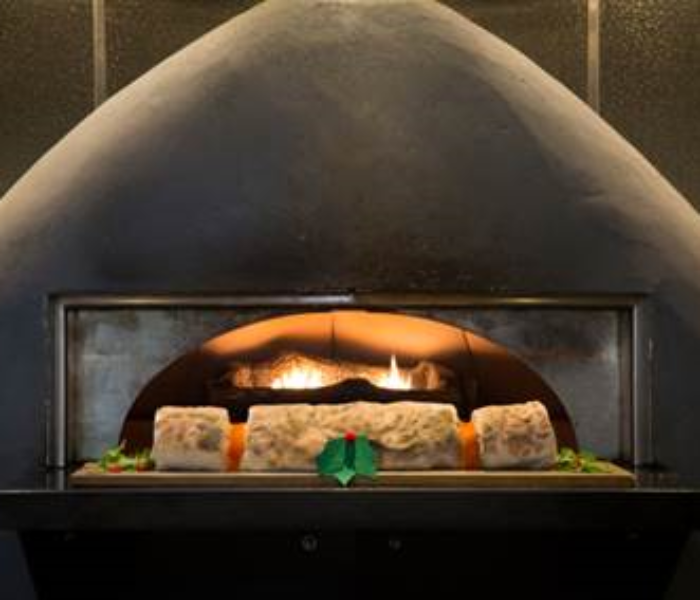 Prezzo's Christmas Menu Is Here – With A Giant Christmas Food Cracker!
