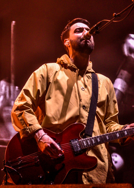 Liam Fray of The Courteeners at Manchester Arena. Photo by Alicia Boukersi.