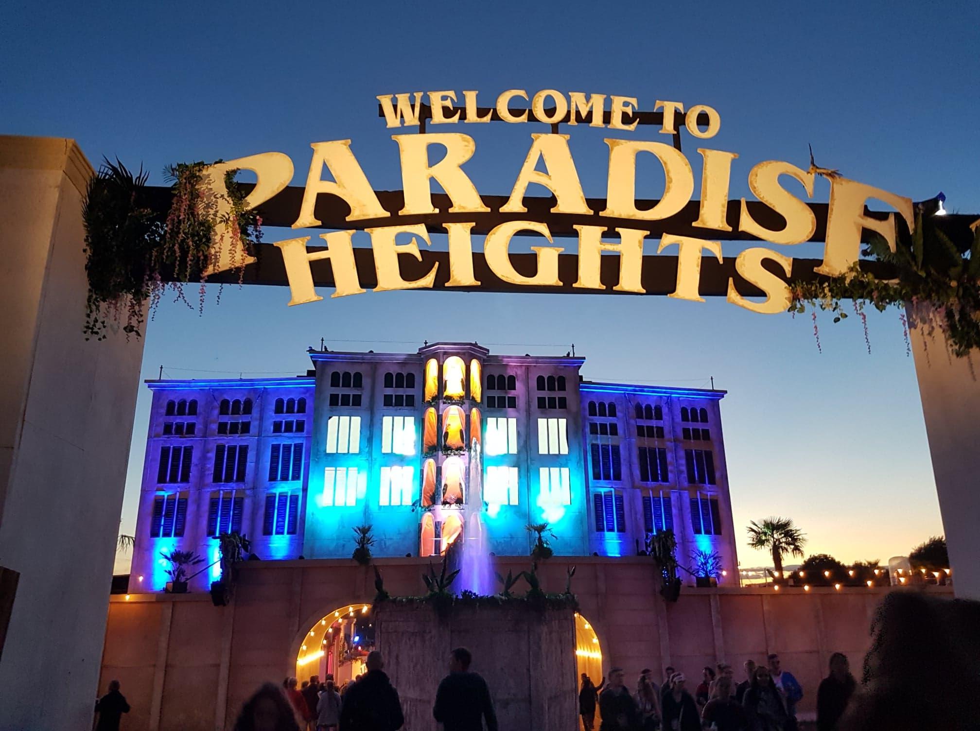 Paradise Heights Photo: Abi White