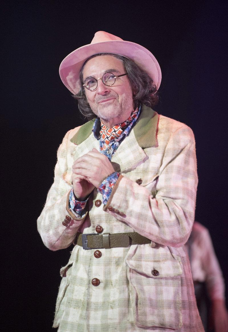 Albert Blossom (Brian Capron)
