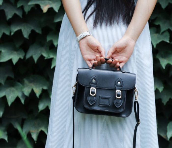 Bag a designer handbag from under 50p with sweet site Arm Candy