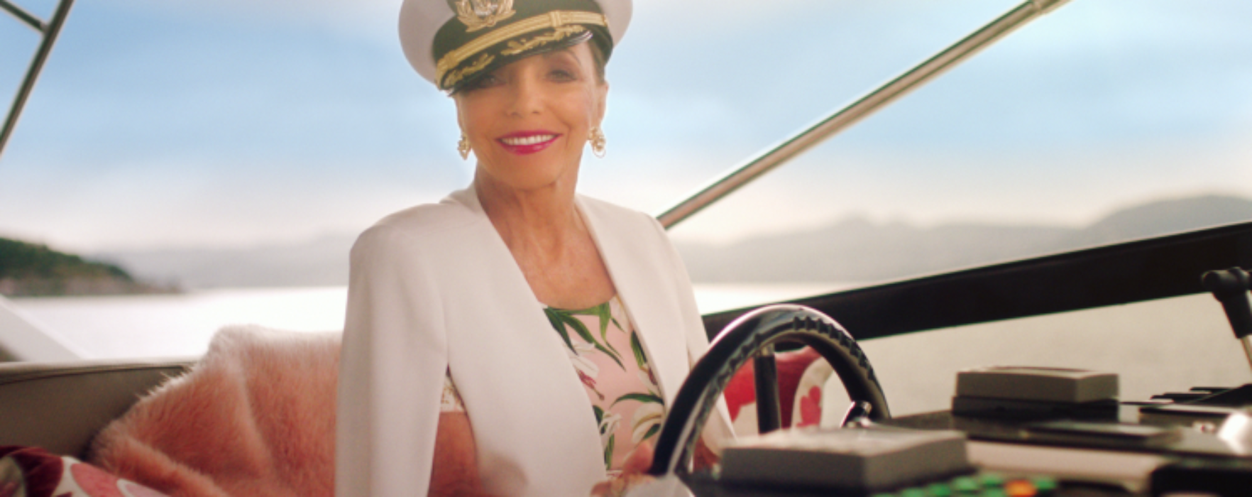 Joan Collins is back on screen urging people to end unsatisfactory relationships
