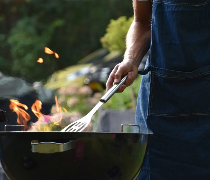 Hosting the modern BBQ: Why Vegan food and home bars are all the rage