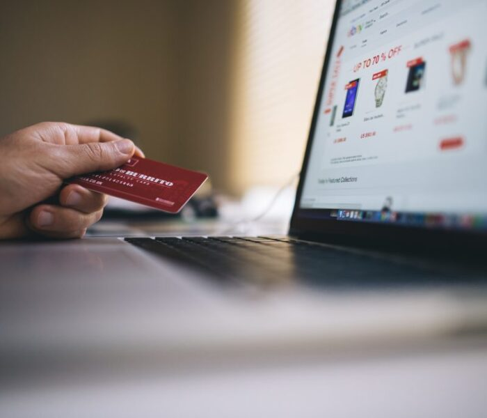 Half of holiday shoppers 'uninfluenced' by high-pressure selling tactics