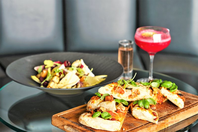 Drunch: Free flowing cocktails and flatbreads