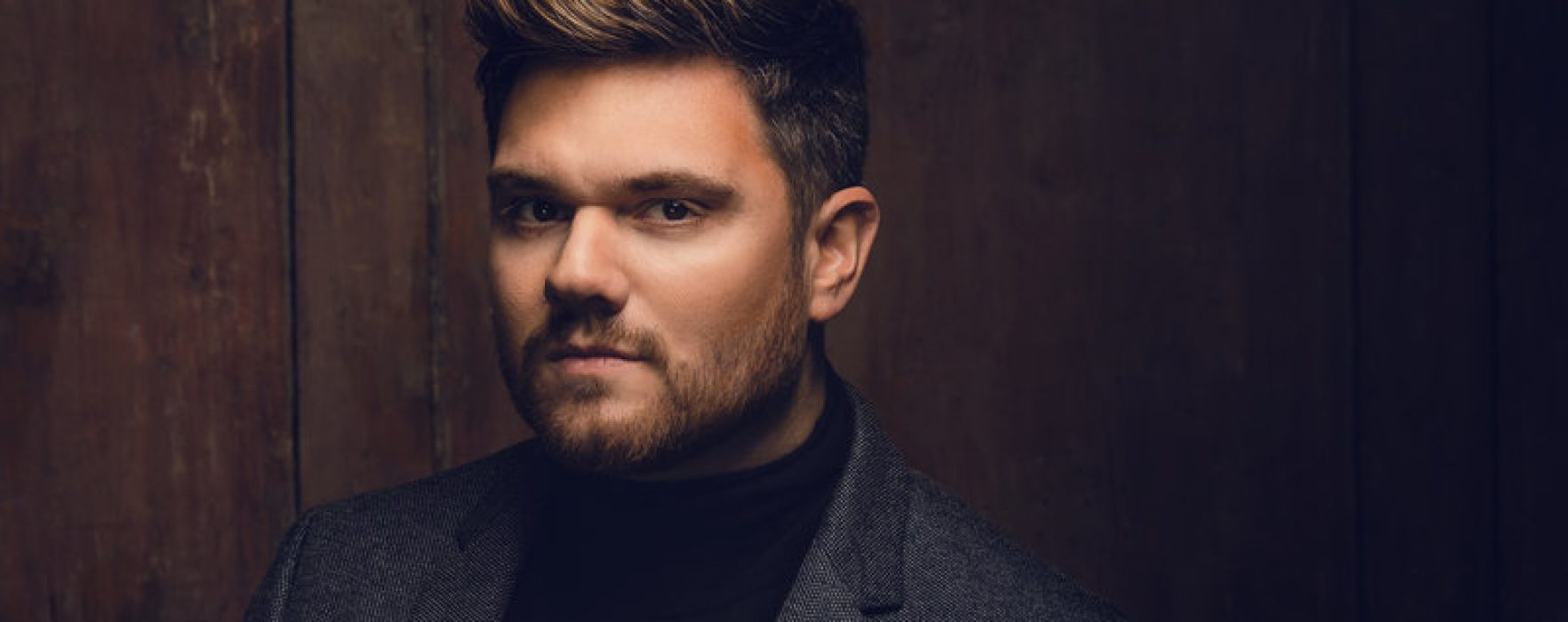 Touted as Britain's Michael Bublé singer Mark Kingswood chats to VIVA about his album 'Strong'
