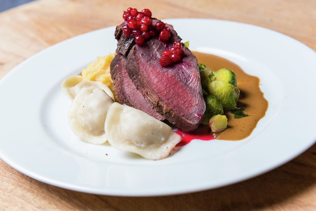 Baked Reindeer from Finnmarkwith pelmeni and rutabag puree