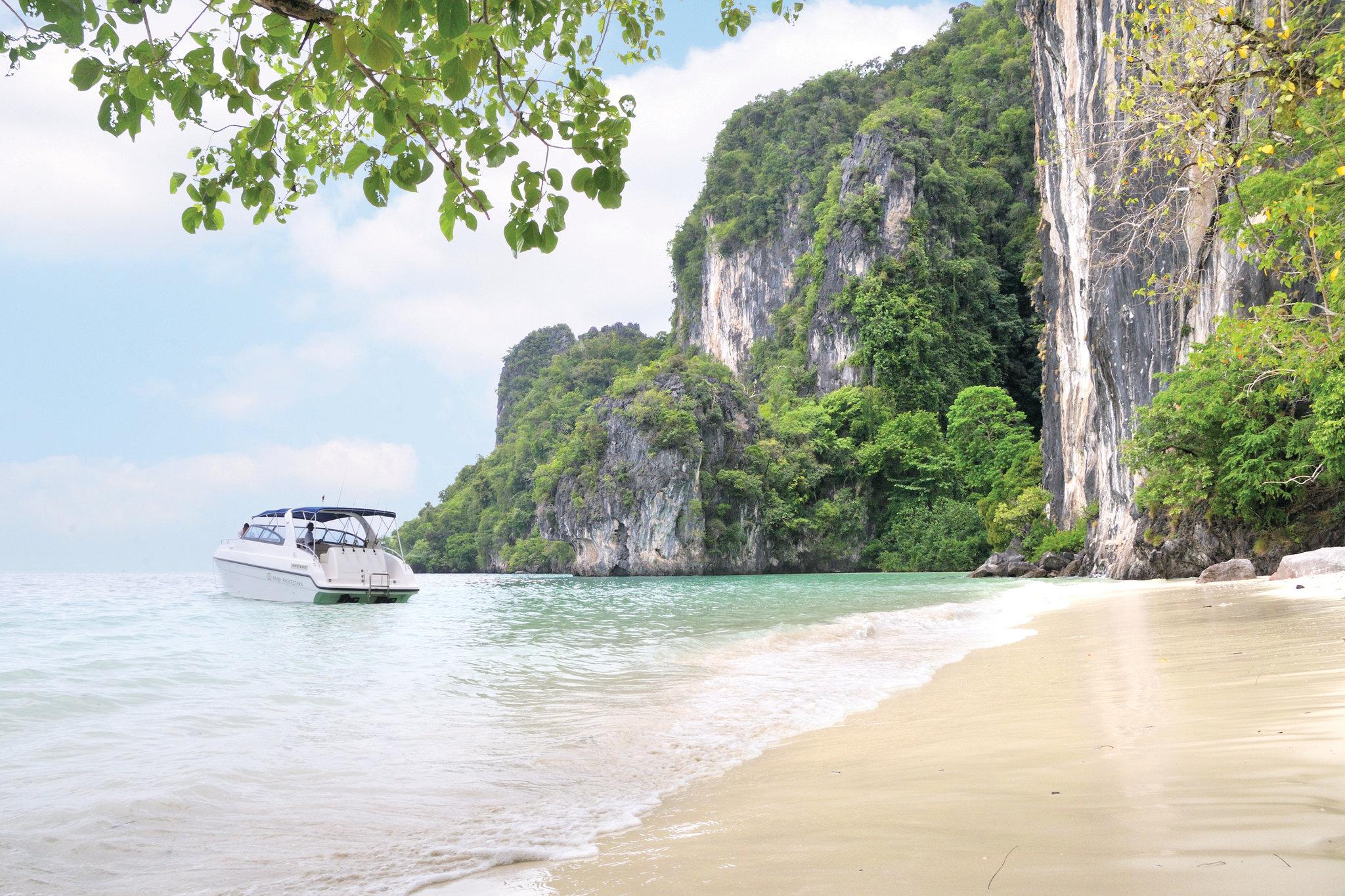 Tis' the season for tropical Thai escapes