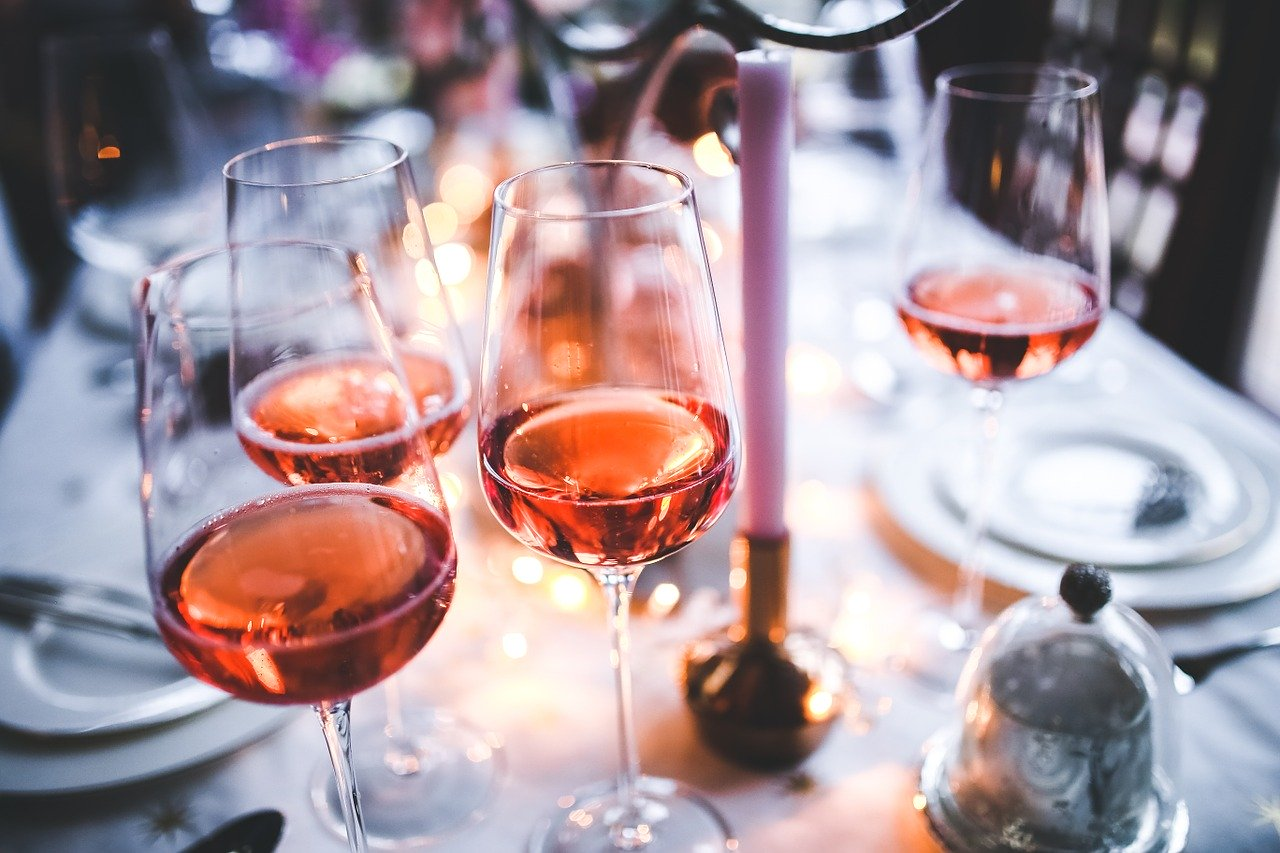 The most common mistakes to make when drinking wine