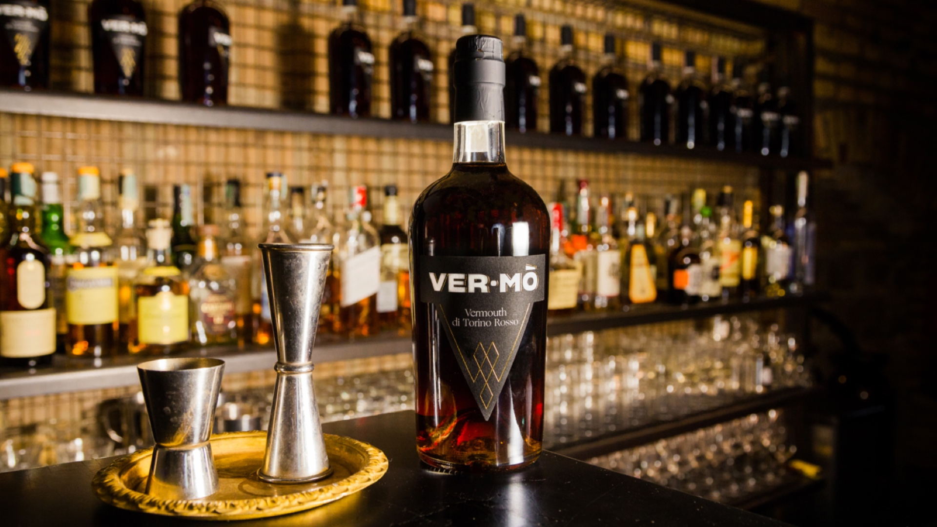 Autumnal cocktail inspo to leave you shaken and stirred! Vermo Vermouth.
