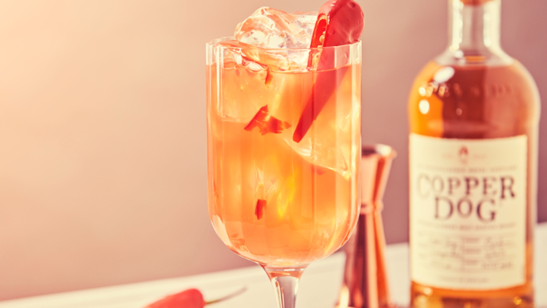 Autumnal cocktail inspo to leave you shaken and stirred! Copper Dog.